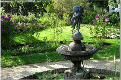 lanscaping garden fountain