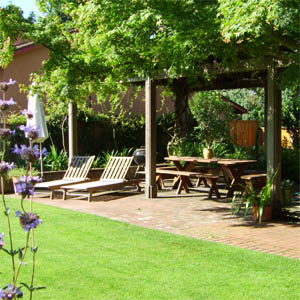 lanscaping garden furnirure